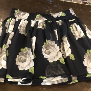Abercrombie & Fitch Navy floral rose mini skirt